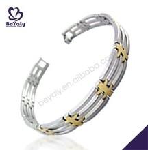 2015 custom wholesale stainless steel jewelry jingle bell bracelet
