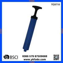 plastic hand held basketball/football/volleyball pump (YG9710)