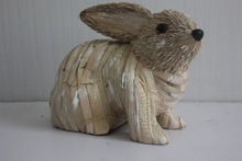 2015 best popular product rabbit decoration made of grass