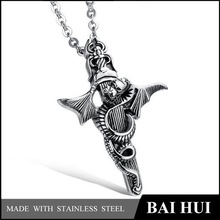 New Stainless Steel Cross Pendant Dragon Pendant for Best Friend