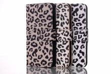 Popular women leopard print cell phone Case, trendy phone case with a stand