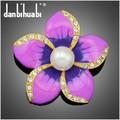 Cinco pétalos de la flor con la moda ramillete de diamantes de imitación de epoxy broches AL058-A