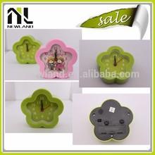 China manufacturer apple shape clock