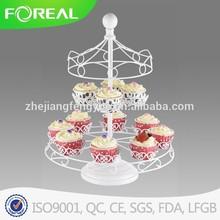 floating white cake holder for wedding