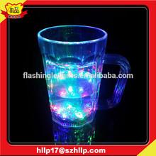 supply 2015 hot selling beer mug with handle led flahsing lights plastic beer mug
