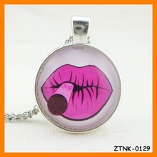 2015 Hot Selling Lips Pendant Necklace Wholesale