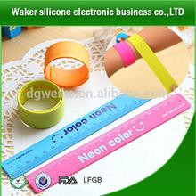 Factory directly custom design silicone slap bracelet / wristband / rubber band