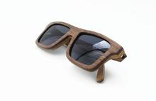 Hottest fashion shining polarized bamboo sunglasses with bamboo case