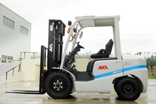 3ton diesel forklift with comfortable seat for long time operation