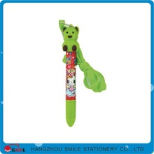 Chinese kid like the cartoon ballpen promotional
