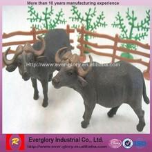OEM bulk plastic animal toys/ realistic/real toy animal