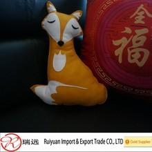 Yellow Top Quality Popular Customized Felt Deer Pillow for Decoration