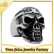 New design stainless steel male skull ring