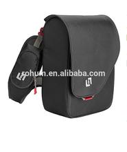2015 Hot Selling Men Small Nylon Messenger Bag in bag