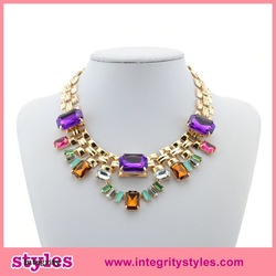 Trendy gold plated resin chain artificial women necklace