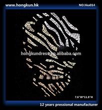 HONGKUN Skull Design uses Environmental protection NAILHEAD HOT FIX for T-Shirt