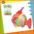 Divertido empuje y tire de juguete de los pescados