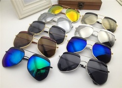 High quality UV protected fashion sunglasses