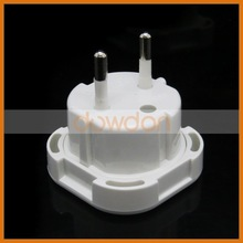 Universal 4.0mm 10A Universal To Two Pin Eu Plug Adapter