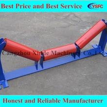 Bulk cargo transportation conveyor carrier friction roller