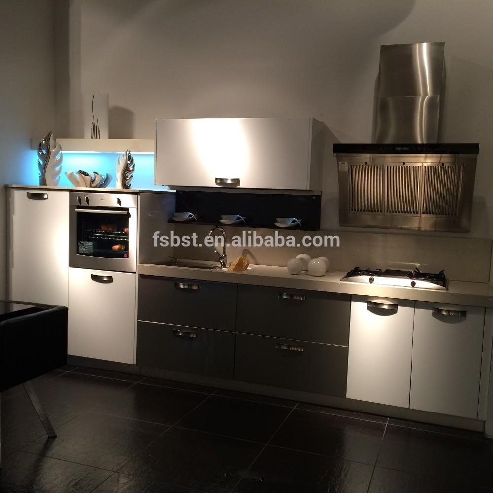 Armoires de cuisine moderne en aluminium prix meubles de for Prix cuisine en l