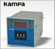Factory directly provide good quality 12 volt 20 amp solar charge controller
