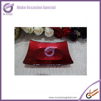 17716 hot selling red glass mirror wedding underplates