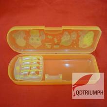 New simple plastic pencil box(OEM/ODM)