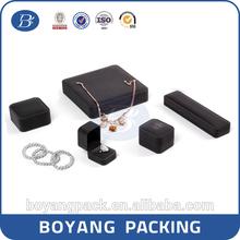 custom velvet jewelry boxes packaging