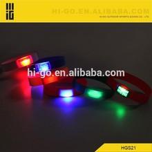 new gadget 2015 flashing led cool kid's silicone bracelet