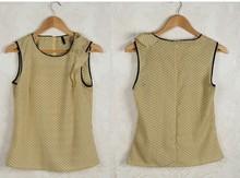 HIJ-14-LB-13-004 Printed sleeveless woman blouse