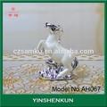 Figurine en céramique de cadeau de mariage cadeau maisondécor d'argile. sculpture cheval de course