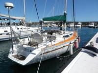10.05m used JEANNEAU sail boat