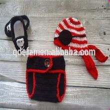 Caldo 2015 ingrosso prodotti per bambini fatti a mano a buon mercato crochet baby cappello da pirata e pantaloni, cappello e copertura pannolino set