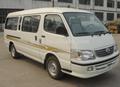 gdq6480 4x2 15 asientos minivan