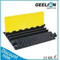 outdoor 2 canal de borracha flexível cabo chão cobrir