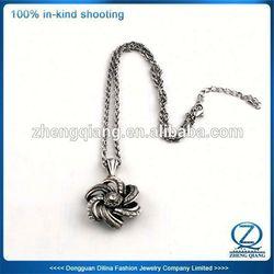 2013 designs crystal silicone necklace