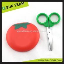 "SC024A 3-1/4"" Tomato shape PP handle mini scissors with magnetic"