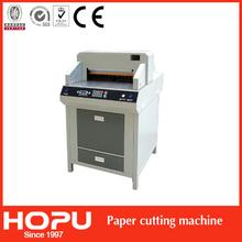 HOPU hydraulic guillotine cutter cutting paper