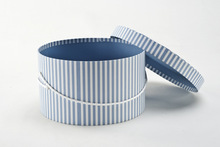 Round shape with rope handle airtight storage boxes