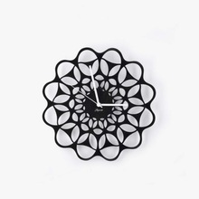 Fashion simple Metal Crafts decoration Sun Shaped Wall Hanging Clock best gift for Thanksgiving Day