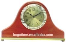 Wooden desk clock with modern desgin
