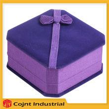 description of jewelry boxes magenta or purple lacque magenta or purple bracelet box