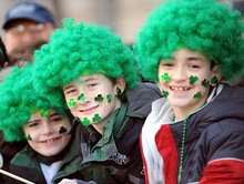St. Patrick's Day 100th OEM factory wig football fan hair salon equipment picture