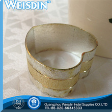 metal made in China stainless steel wedding napkin ring crystal favors