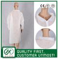 Ce / ISO certificó no tejido desechable bata blanca