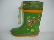 Dark green boots with colar
