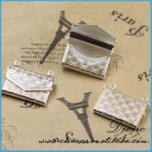 locket necklace that holds pictures for men ,engraved simple brass locket,antique brass locket