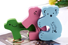 J150 childern protective useful door slam prevention guard
