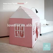 2015 Ninghai Lovetree good sale wholesale pink garden playhouse dog house